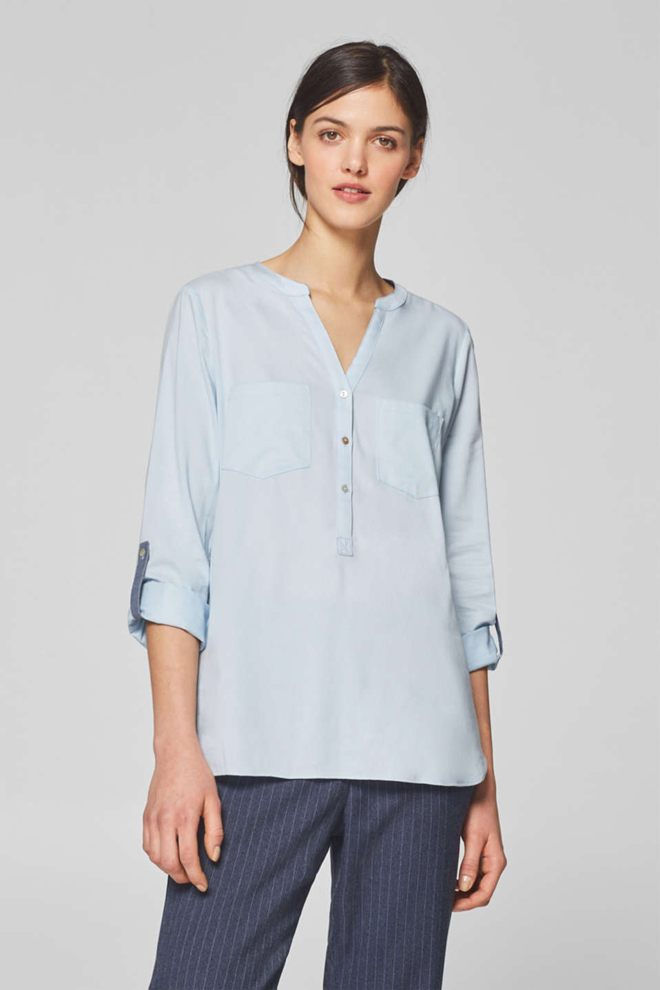 edc - Henley blouse with chambray details