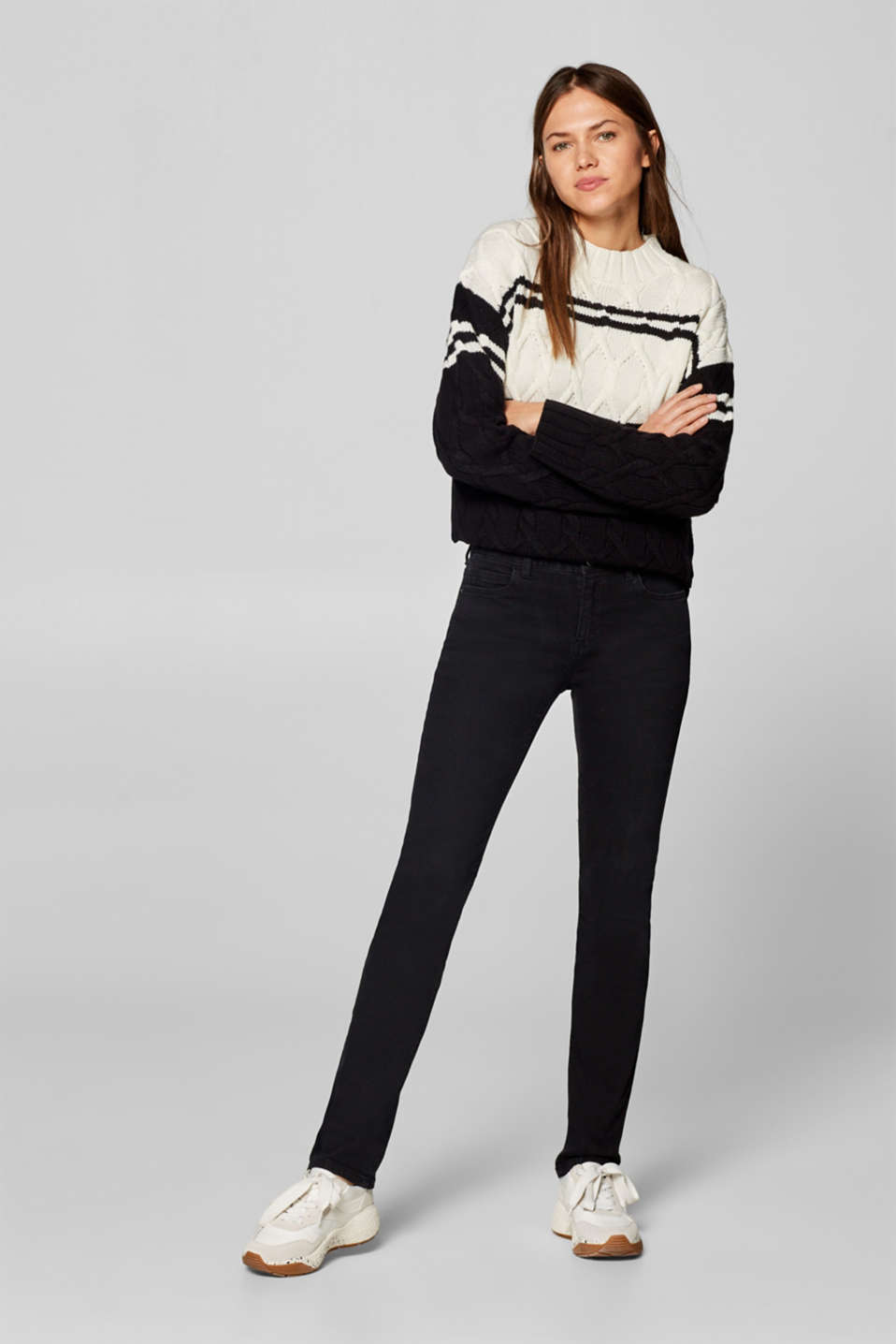 Esprit - Jeans met superstretch in een basic look, met organic cotton