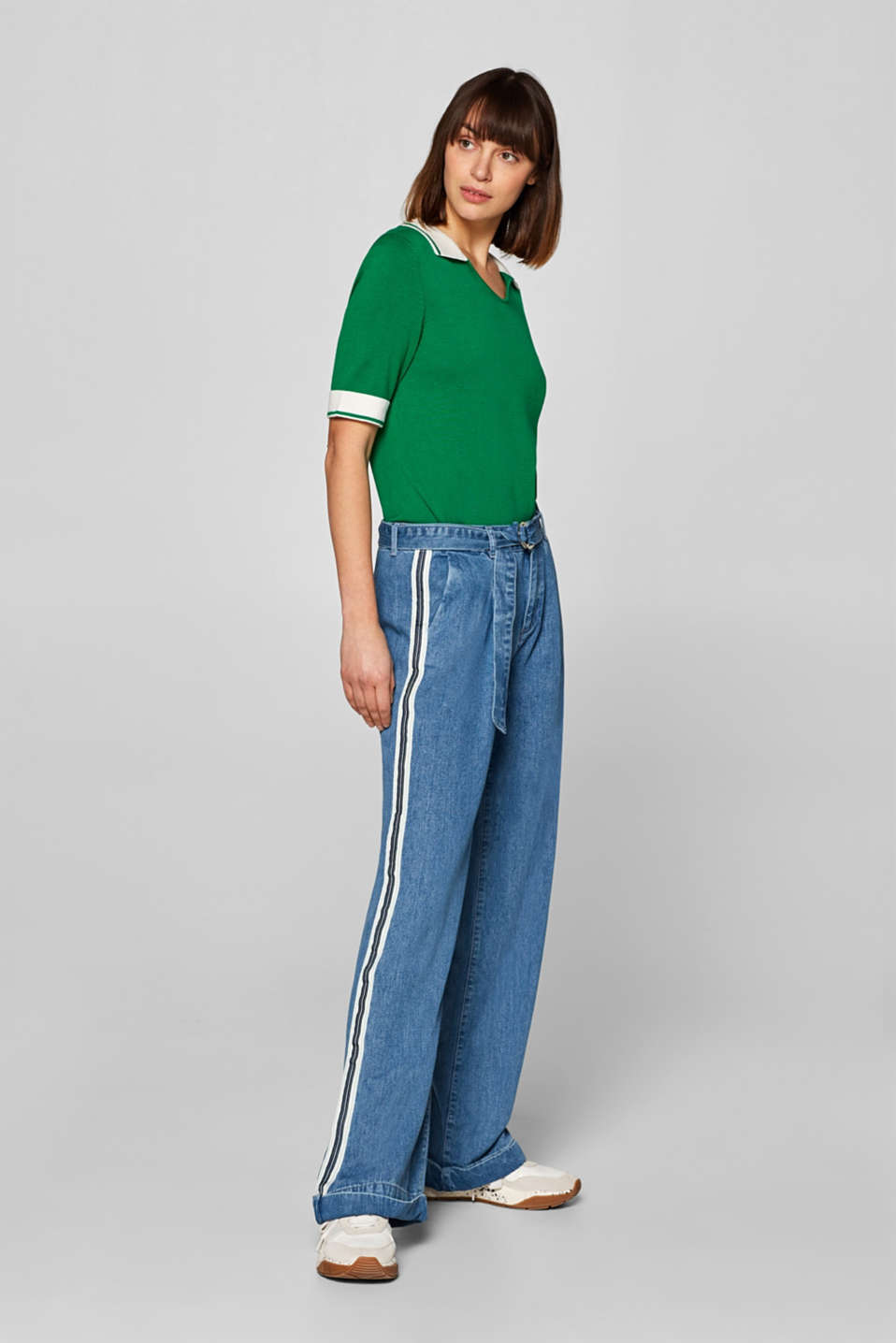 Esprit - Wide waist pleat jeans with racing stripes