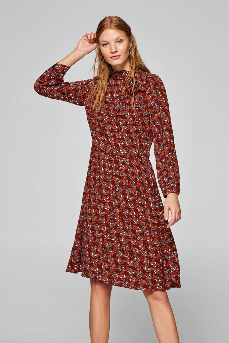 Esprit - Printed midi dress with a band collar and a bow