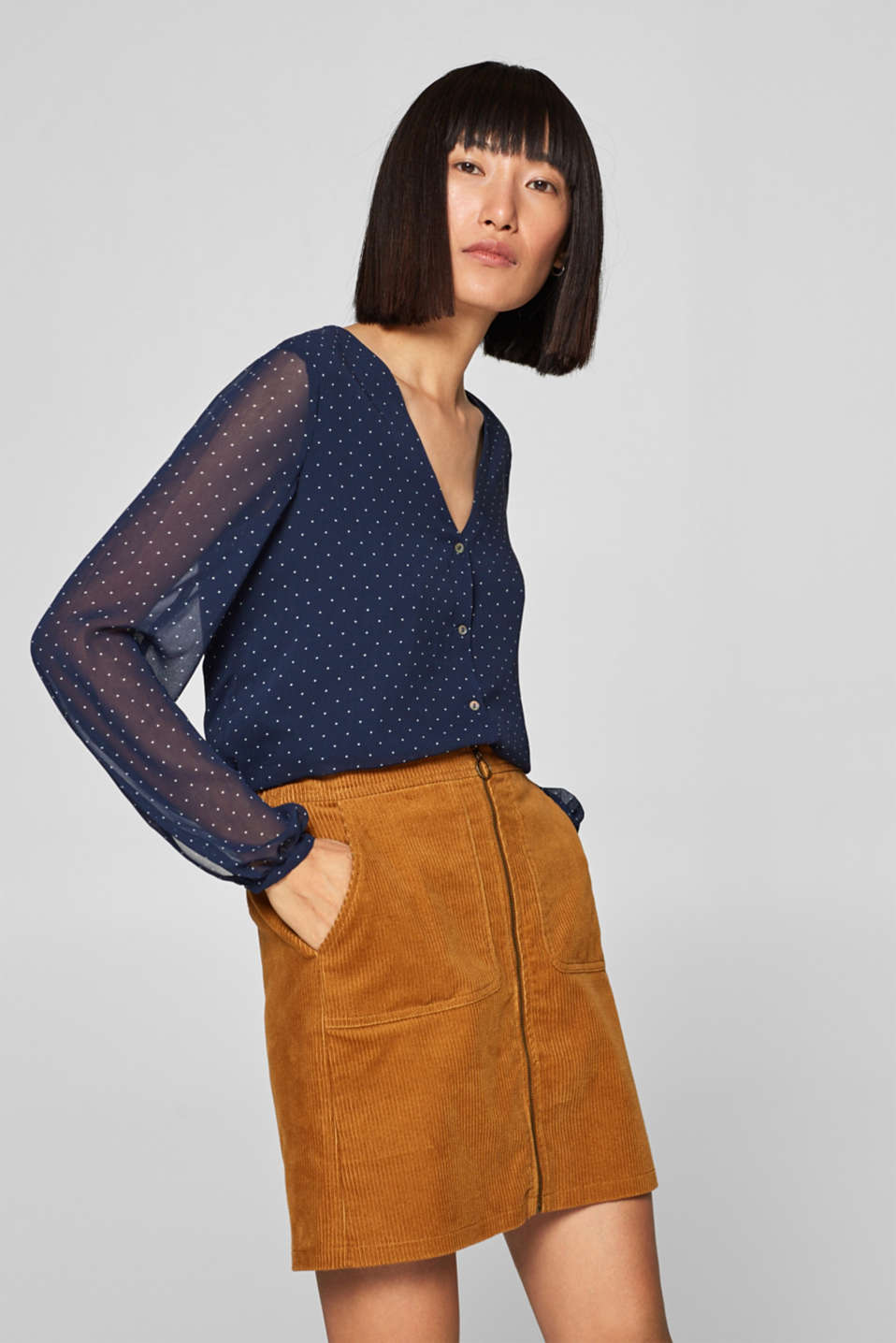 Esprit - Chiffon blouse with a polka dot print