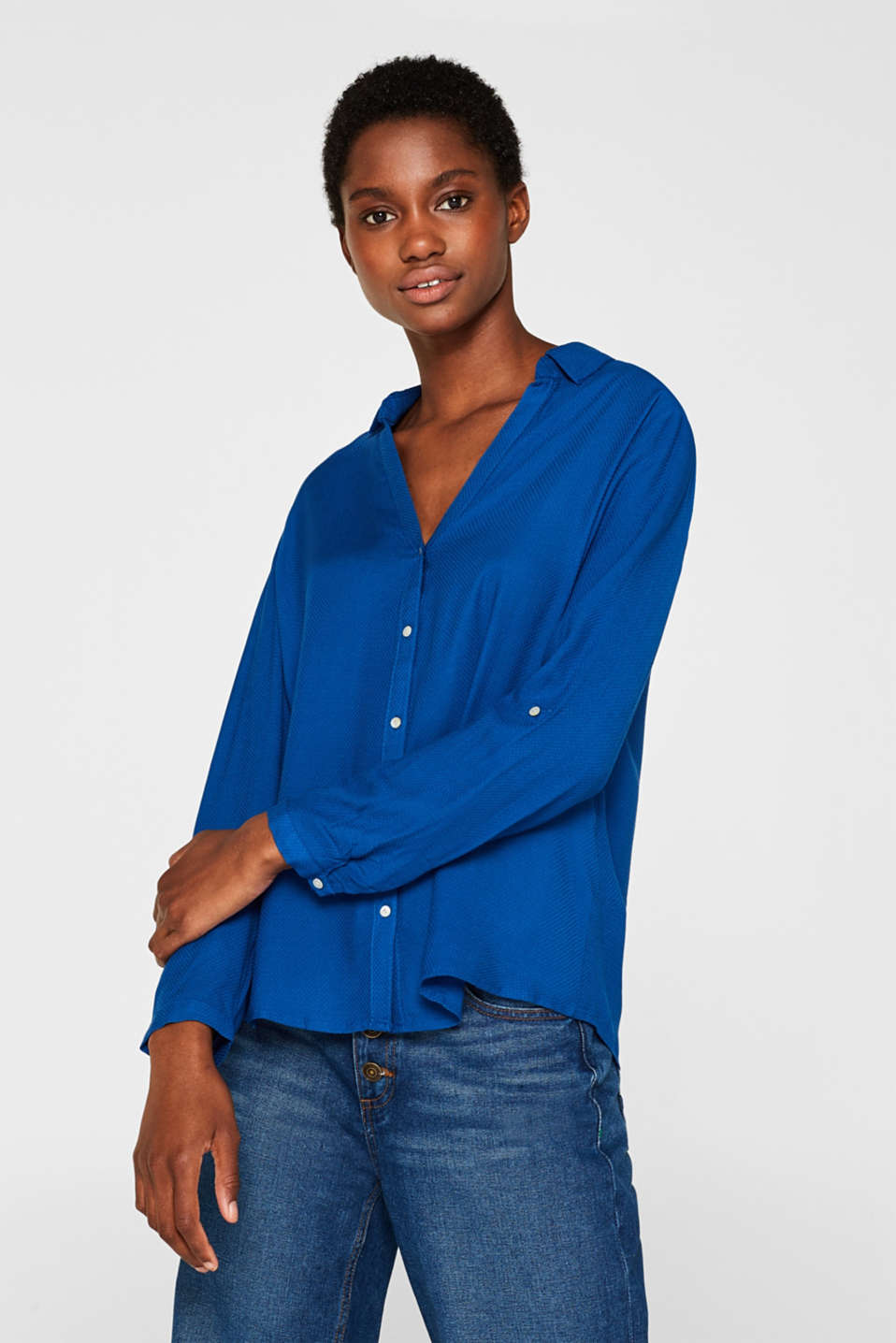Esprit - Textured blouse with turn-up sleeves