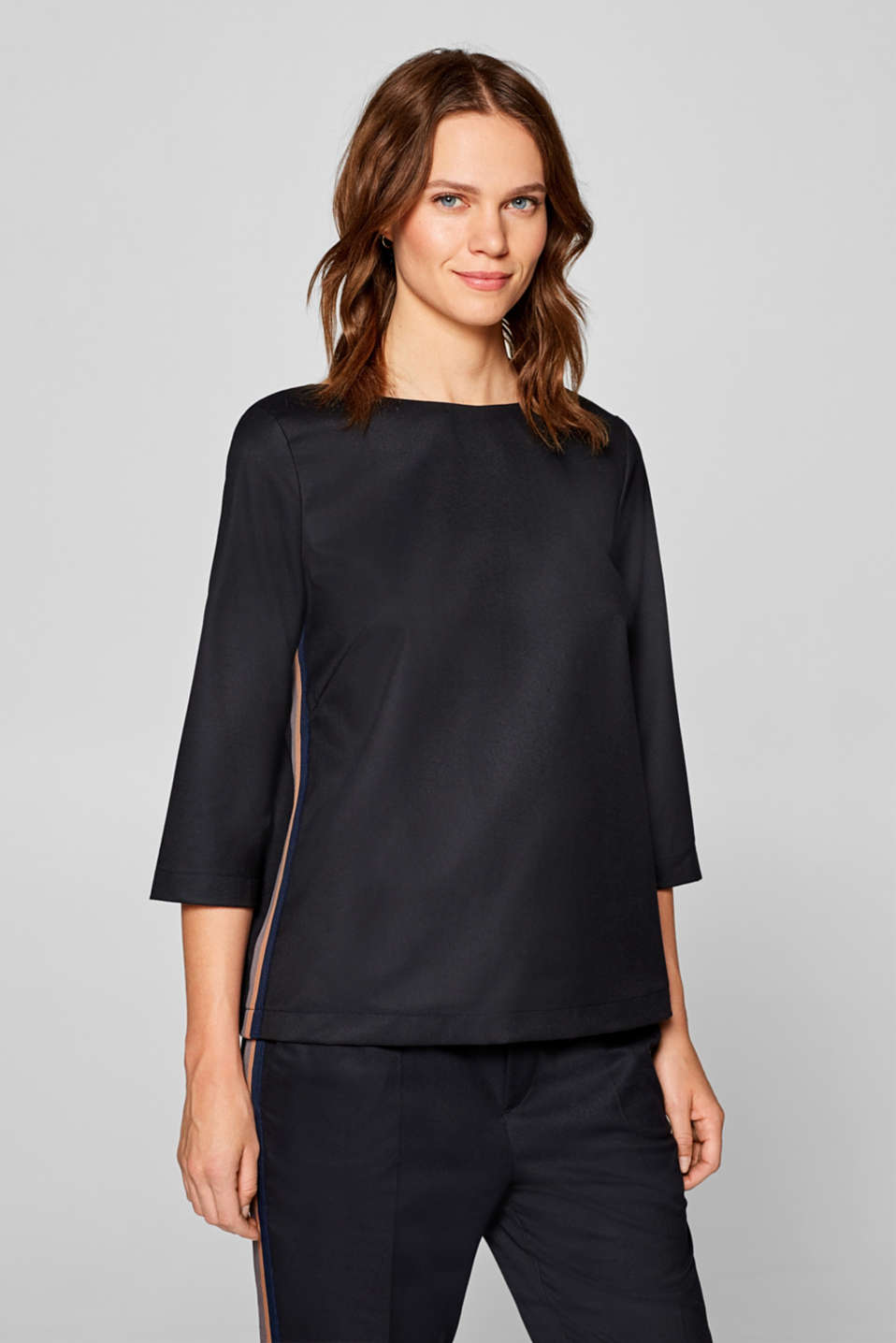 Esprit - Boxy stretch blouse with racing stripes