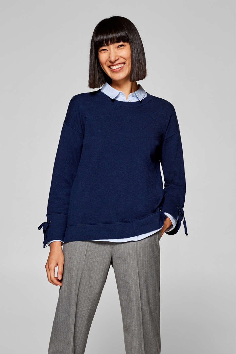Esprit - Jumper with lace-up details