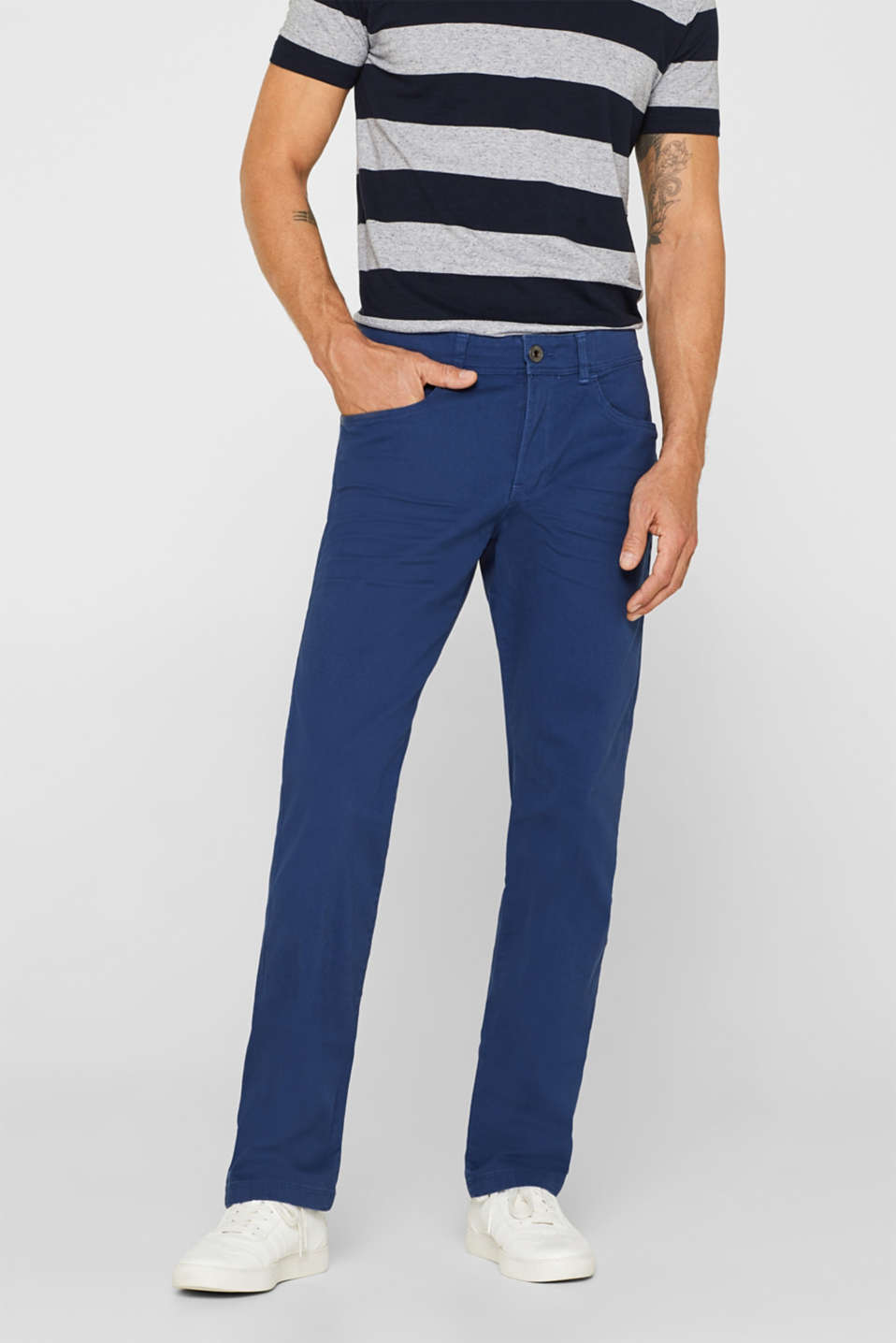 Esprit - Stretch trousers with a simple garment wash