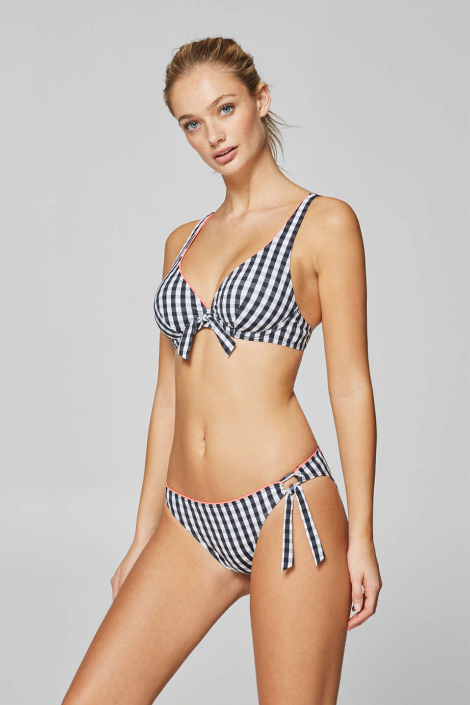 Esprit - Briefs with a gingham check pattern and neon-coloured piping