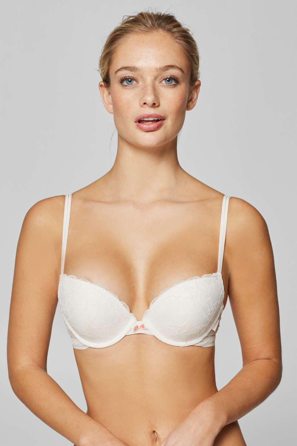 Esprit - Push-up bra in floral lace