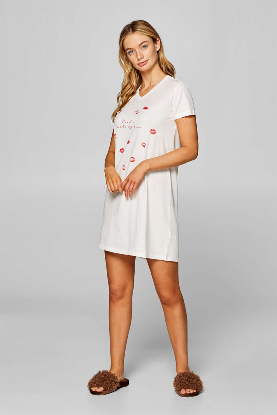 Esprit - Jersey nightshirt with a pout print