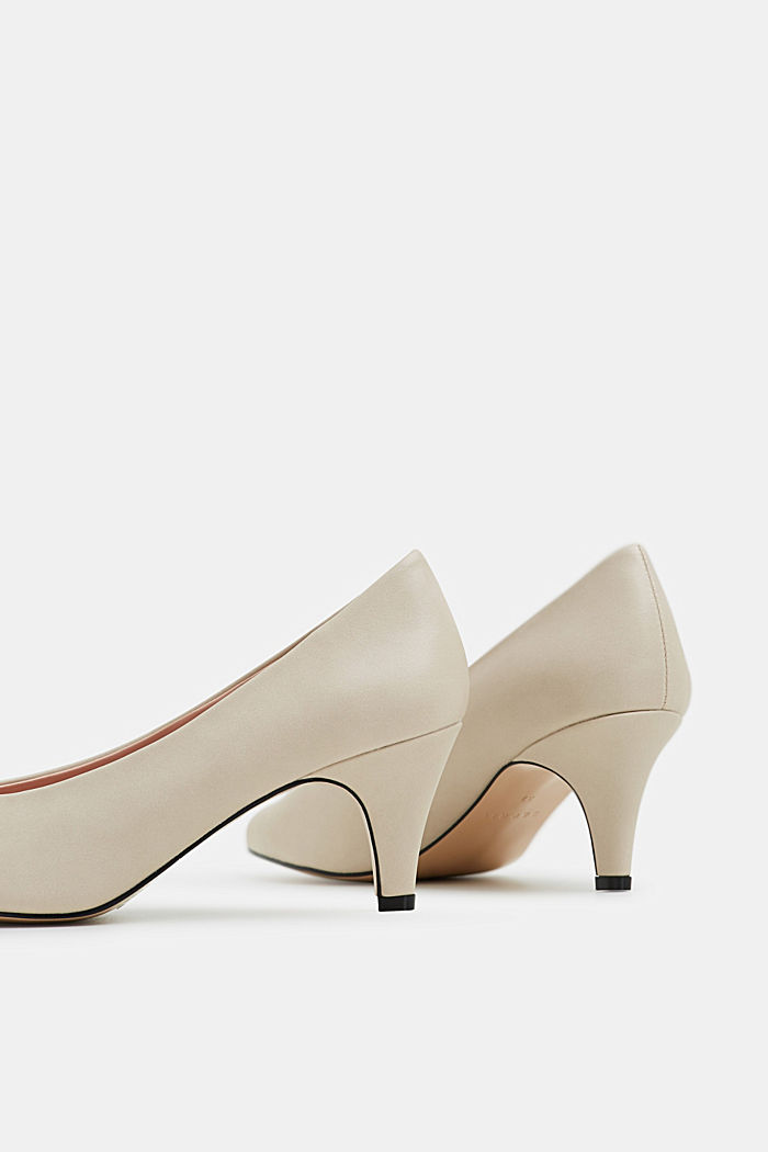 Faux leather court shoes, LIGHT BEIGE, detail image number 4