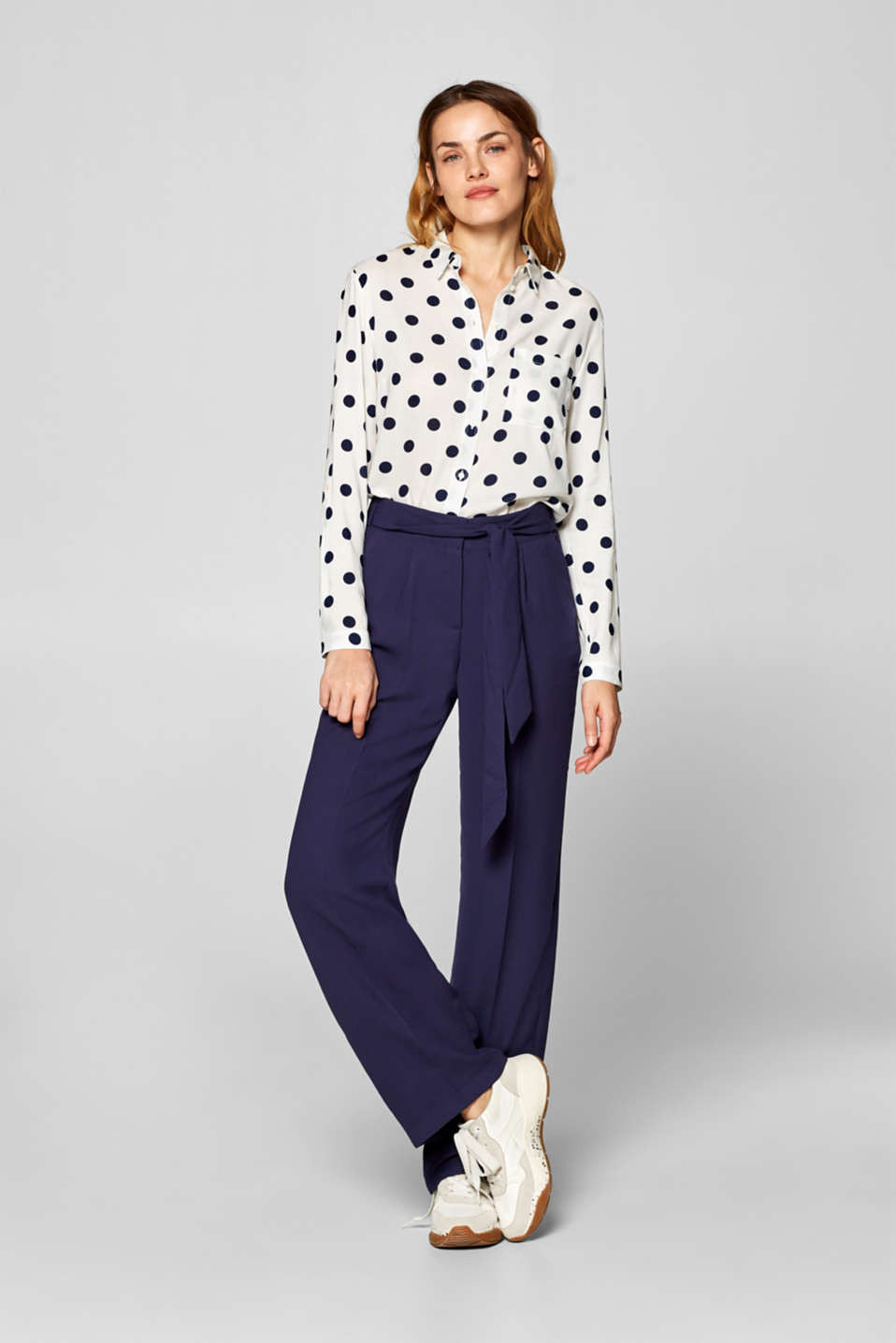 Esprit - Trousers with wide leg and belt