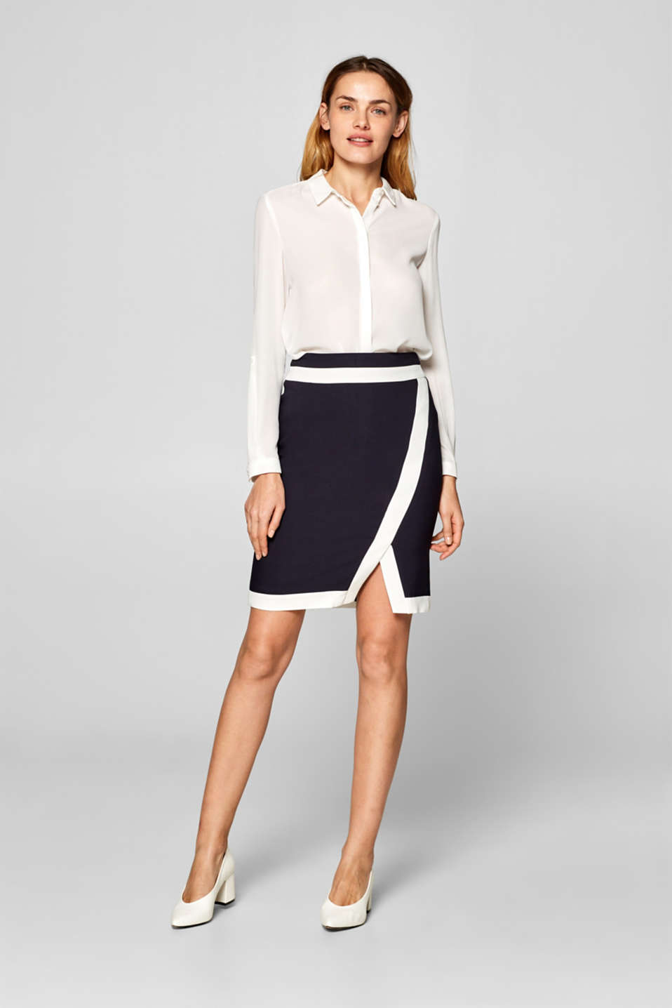 Esprit - Stretch skirt with contrasting trims