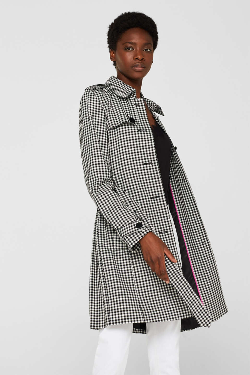 Esprit - Trench coat in soft fabric with a check pattern