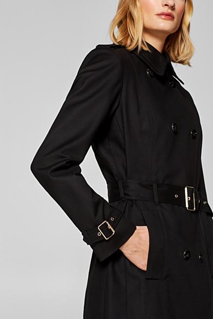 Cappotto stile blazer sciancrato in piqué con stretch. TAGLIO SCIANCRATO.  99 4017e42fc168