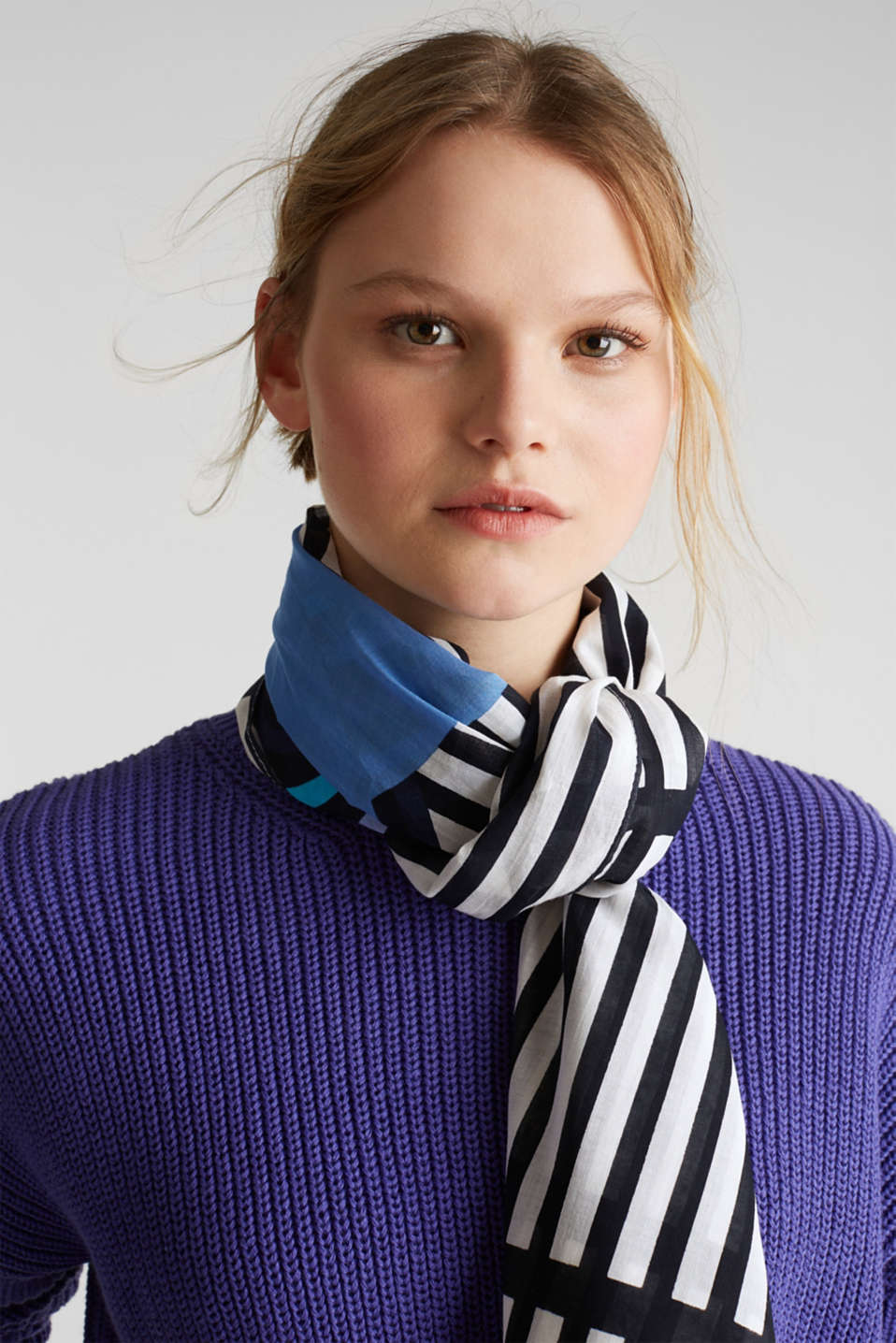 Scarf with stripes, 100% cotton, BRIGHT BLUE, detail image number 1
