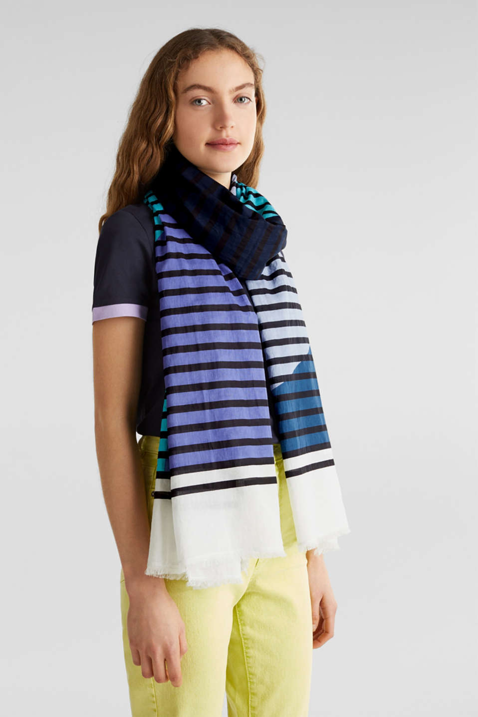 Scarf with multi-coloured stripes, 100% cotton, BRIGHT BLUE, detail image number 1