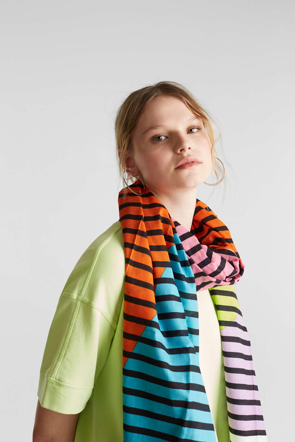 Scarf with multi-coloured stripes, 100% cotton, PINK, detail image number 3