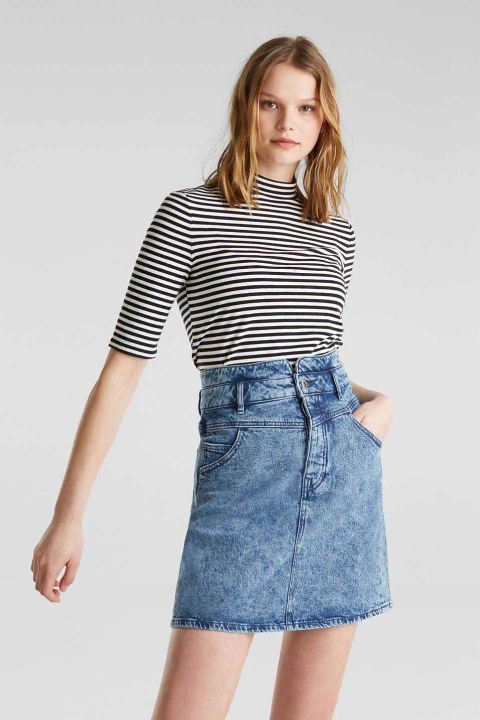 edc - Denim skirt with a button placket, recycled