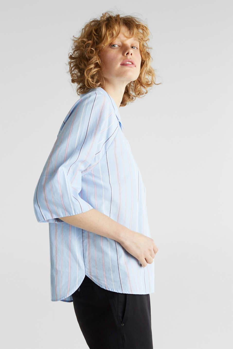 Boxy-cropped shirt blouse made of 100% cotton, LIGHT BLUE 3, detail image number 0