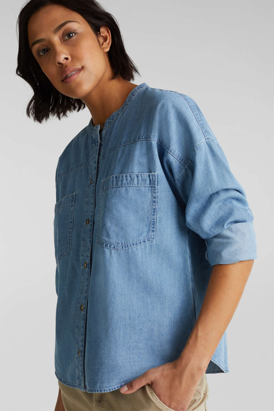 Collarless denim blouse, 100% cotton, BLUE LIGHT WASH, detail image number 5
