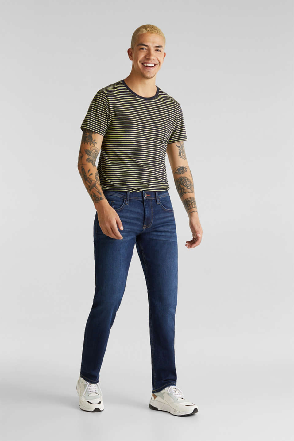 Basic jeans with stretch, BLUE DARK WASH, detail image number 4