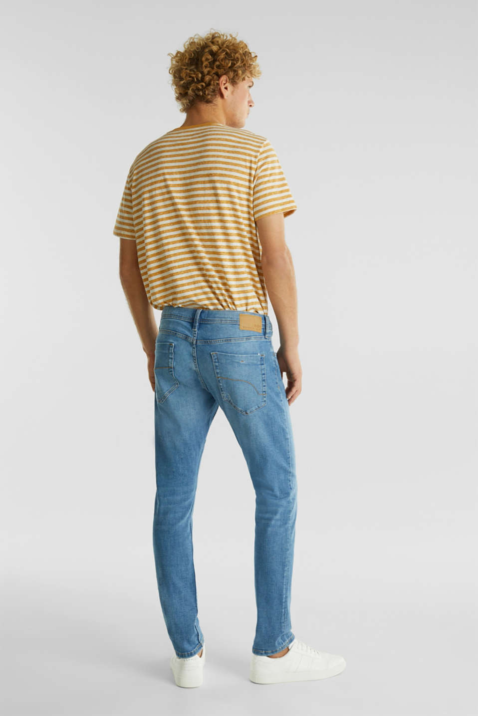 Stretch jeans in a basic design, BLUE LIGHT WASH, detail image number 1