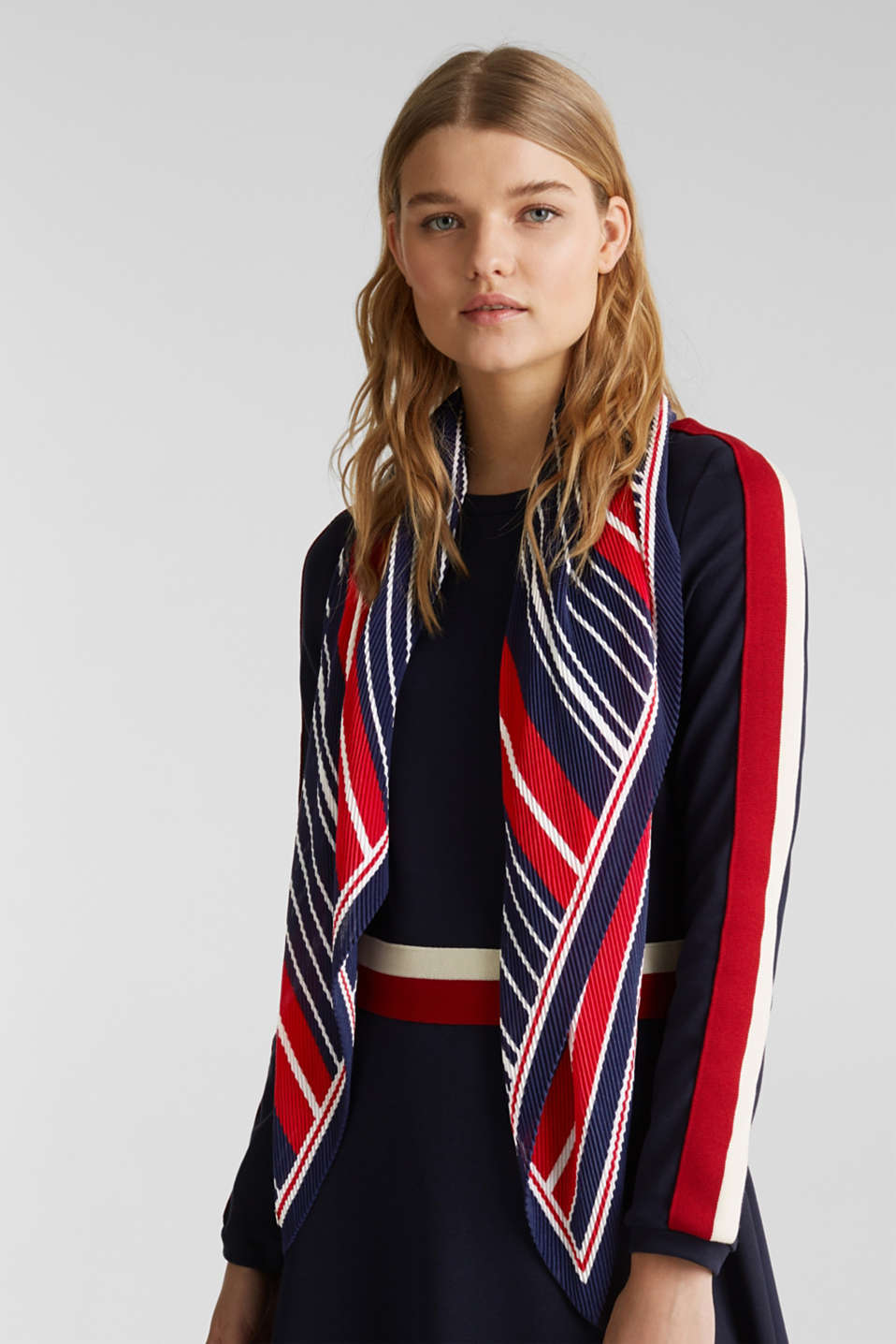 Pleated scarf with stripes, NAVY, detail image number 1