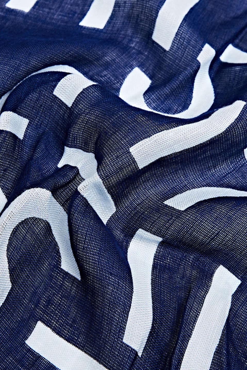 Made of blended linen: all-over logo scarf, DARK BLUE, detail image number 2