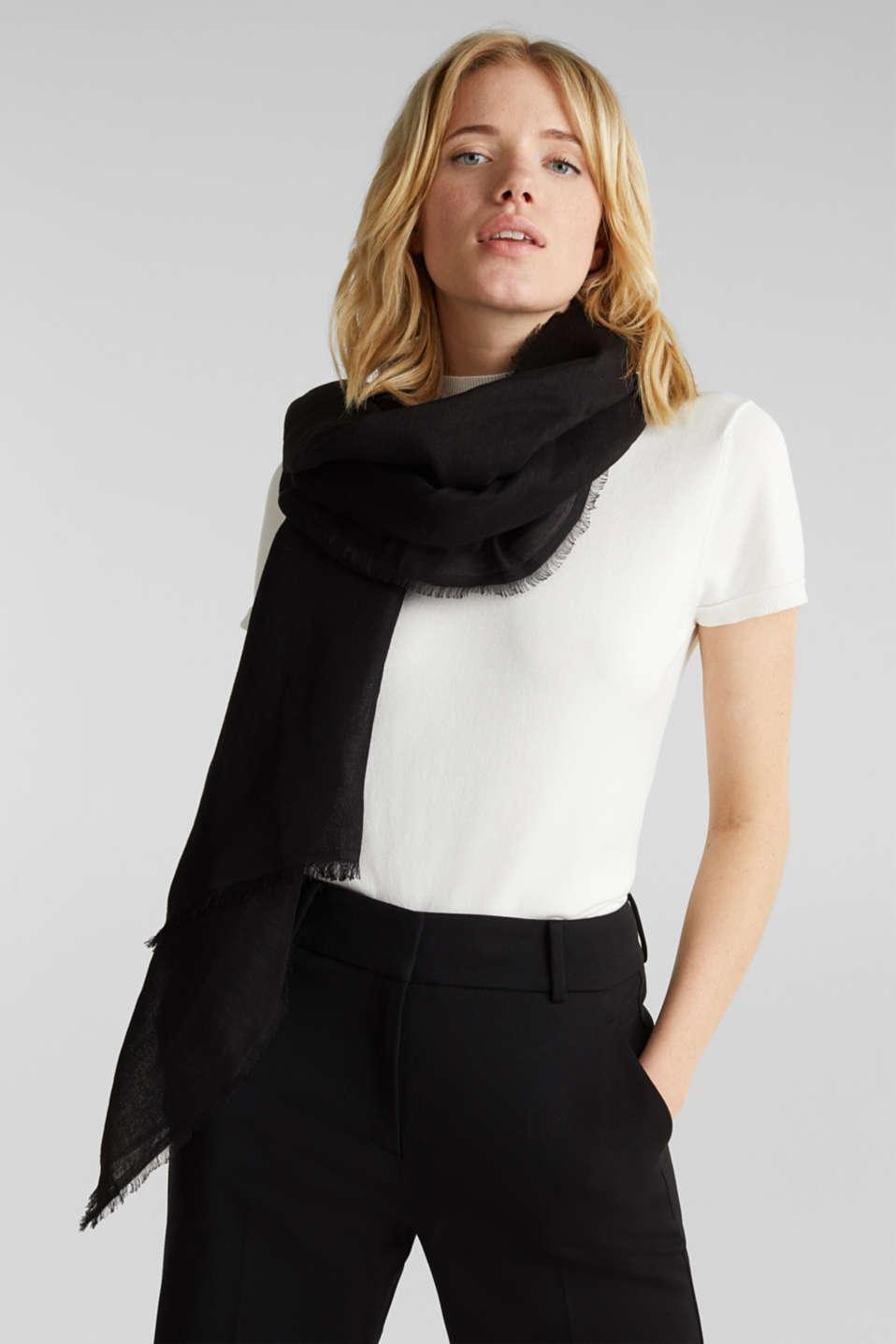 Made of blended linen: elegant, XXL scarf, BLACK, detail image number 1