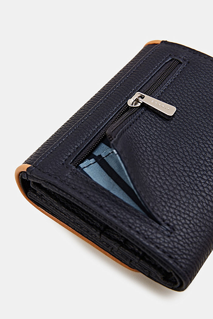 Susie T. range: faux leather purse, NAVY, detail image number 1