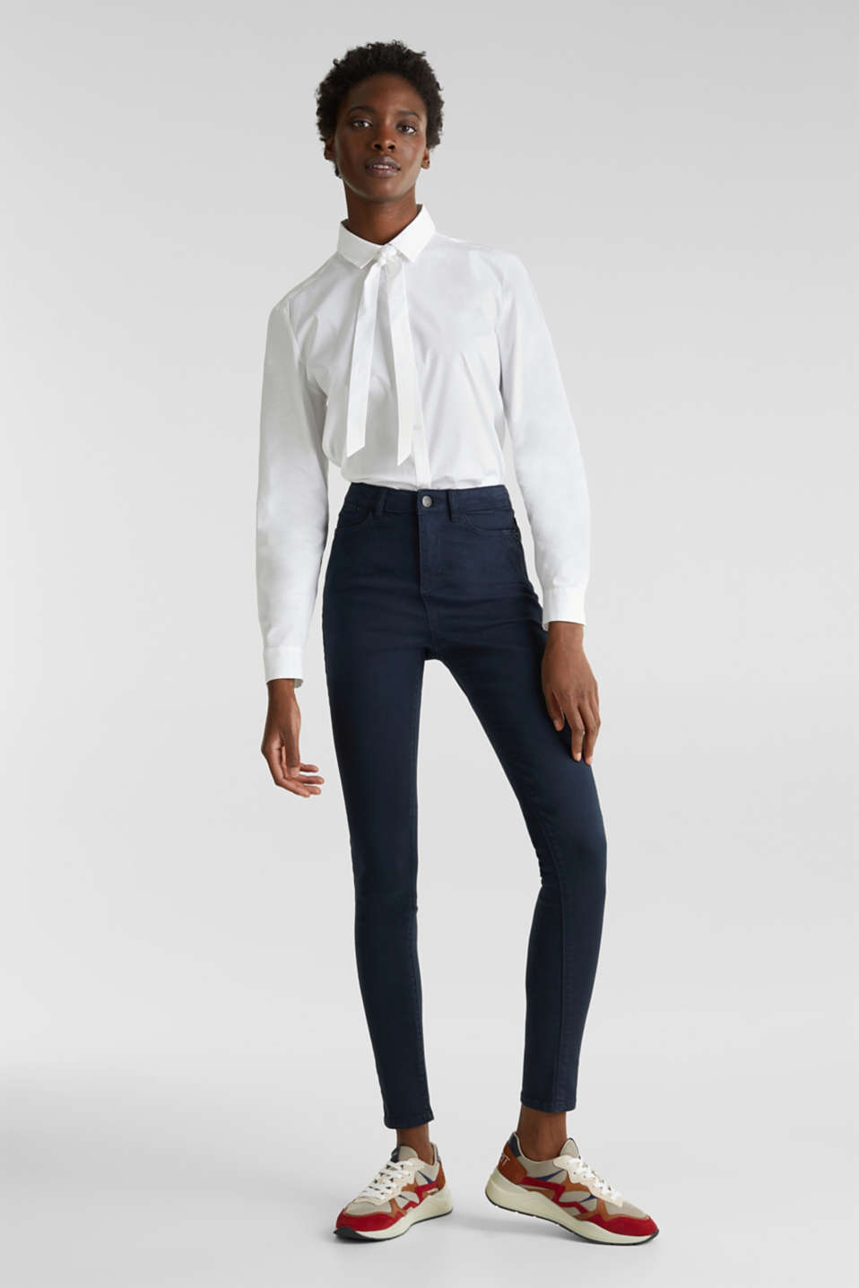 Jeans with a figure-contouring effect, NAVY, detail image number 1