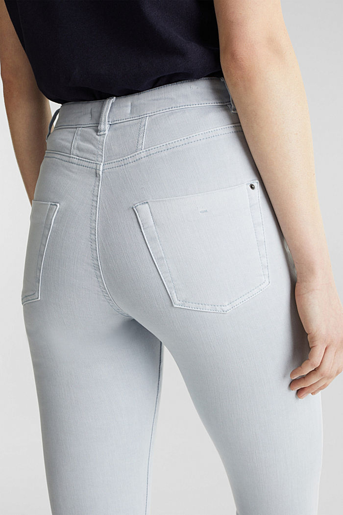 Jeans with a figure-contouring effect, LIGHT BLUE, detail image number 4