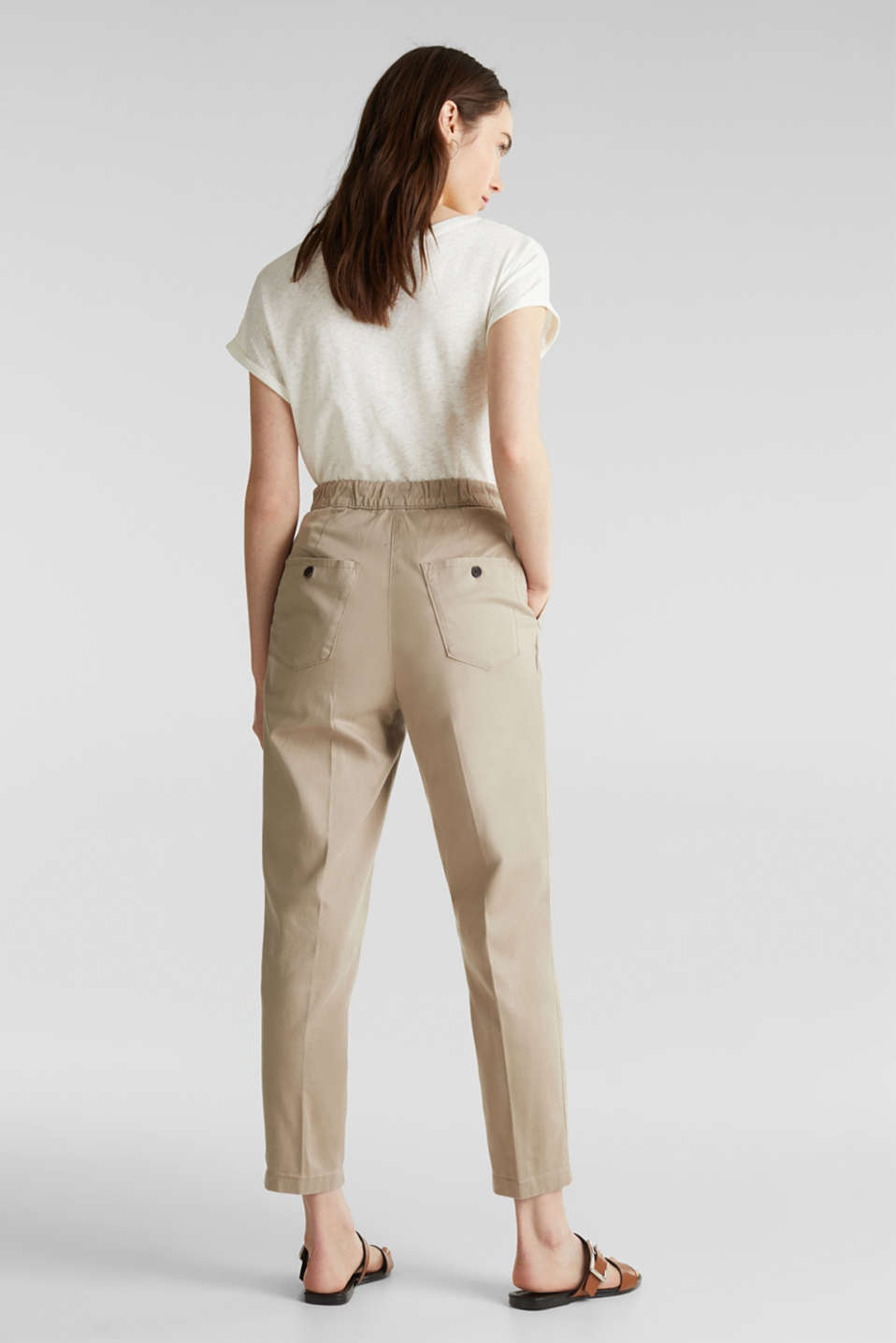 With TENCEL™: Trousers with waist pleats, BEIGE, detail image number 3