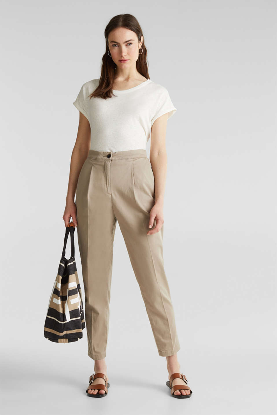With TENCEL™: Trousers with waist pleats, BEIGE, detail image number 1