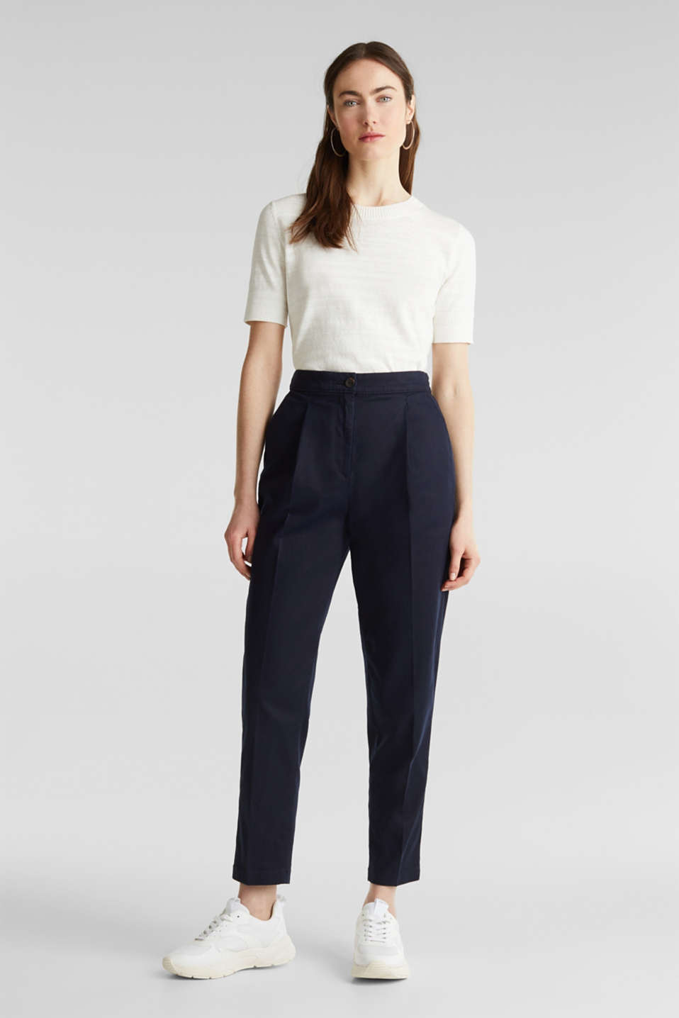 With TENCEL™: Trousers with waist pleats, NAVY, detail image number 1