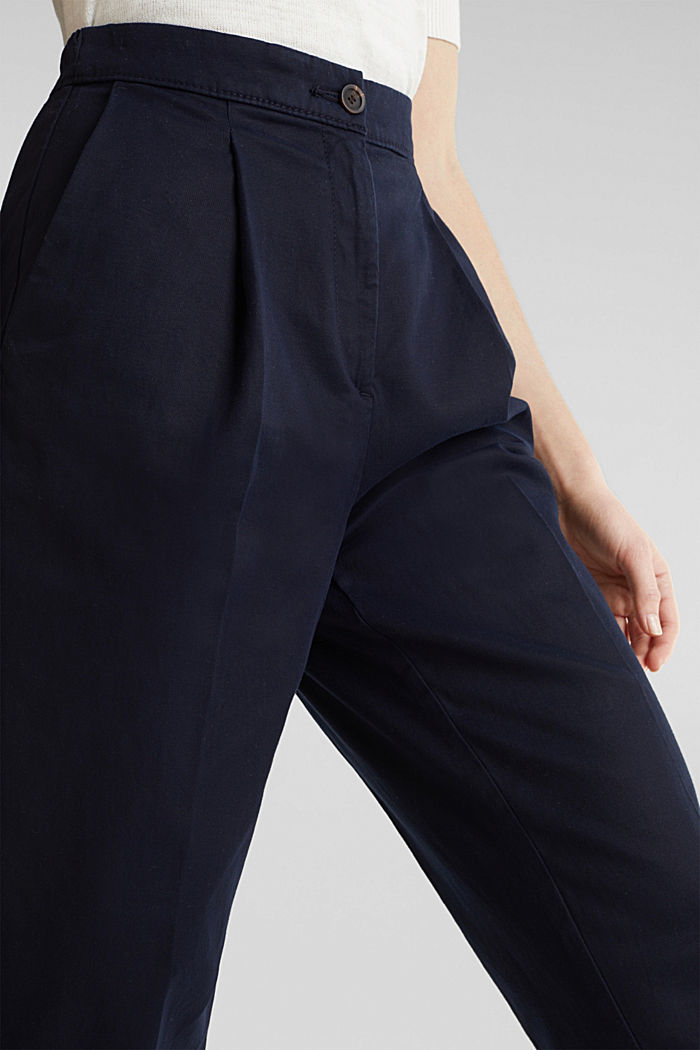 Mit TENCEL™: Pants mit Bundfalten, NAVY, detail image number 2