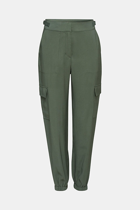 Tracksuit bottoms in a utility look