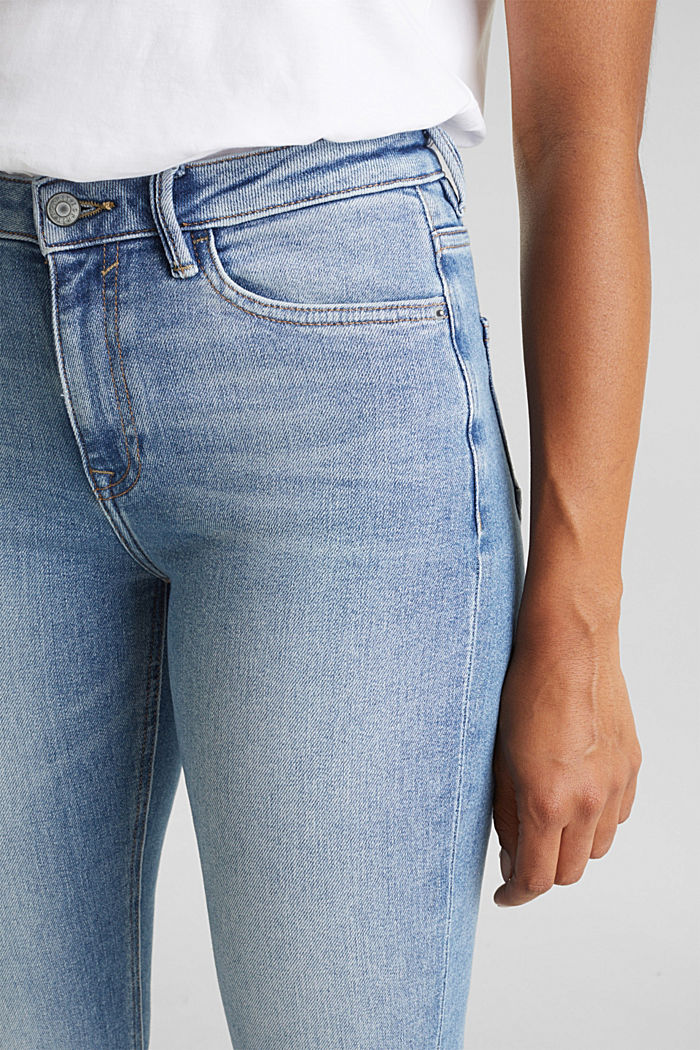 Jeans with a garment-washed effect, BLUE LIGHT WASHED, detail image number 2