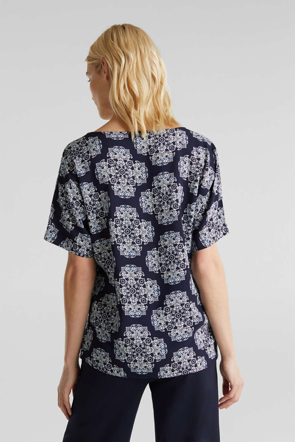 Print blouse with LENZING™ ECOVERO™, NAVY 4, detail image number 2
