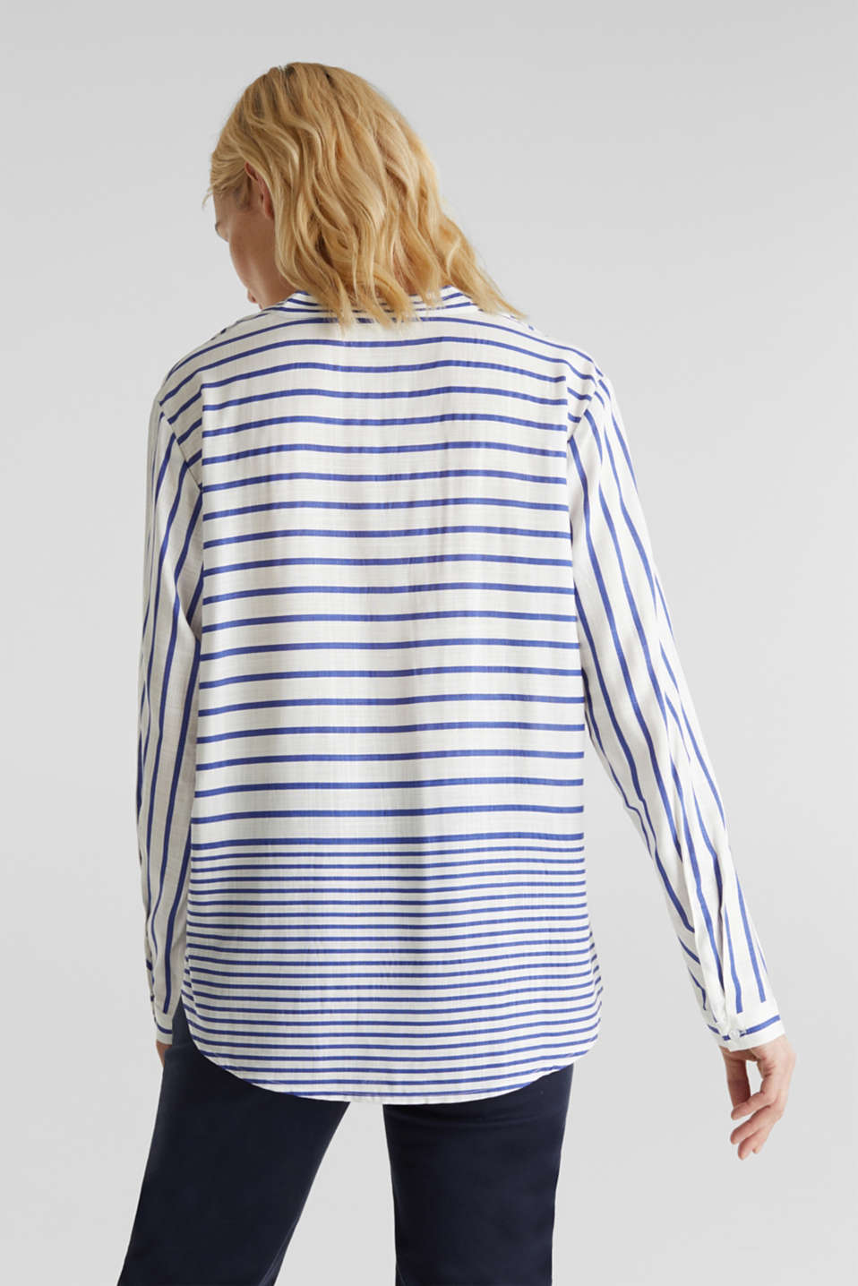Striped blouse made of LENZING™ ECOVERO™, BRIGHT BLUE 3, detail image number 2