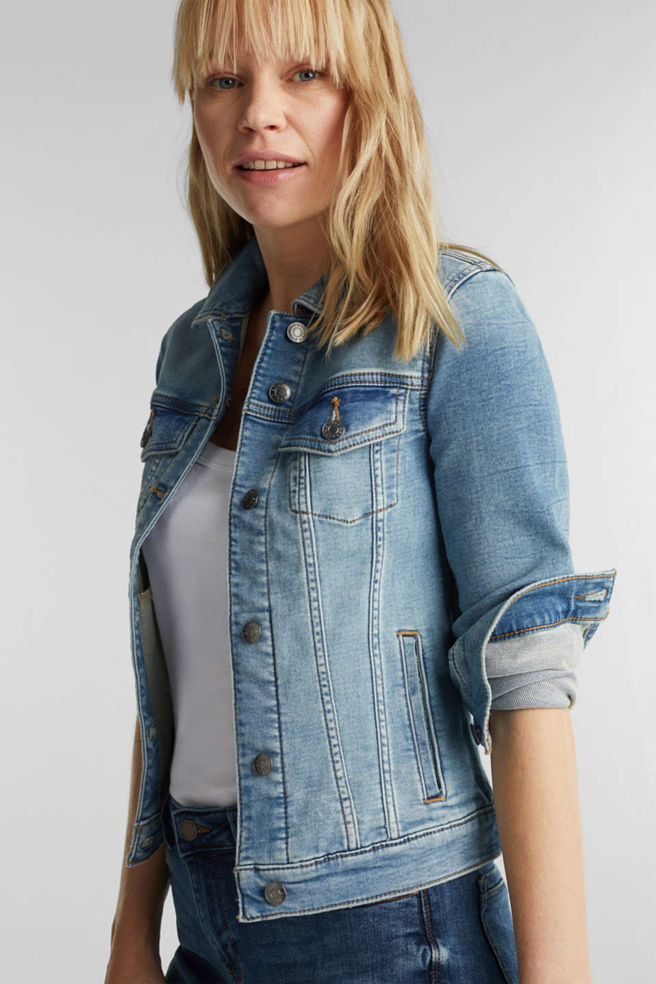 Stretch denim jacket with organic cotton, BLUE LIGHT WASH, detail image number 0