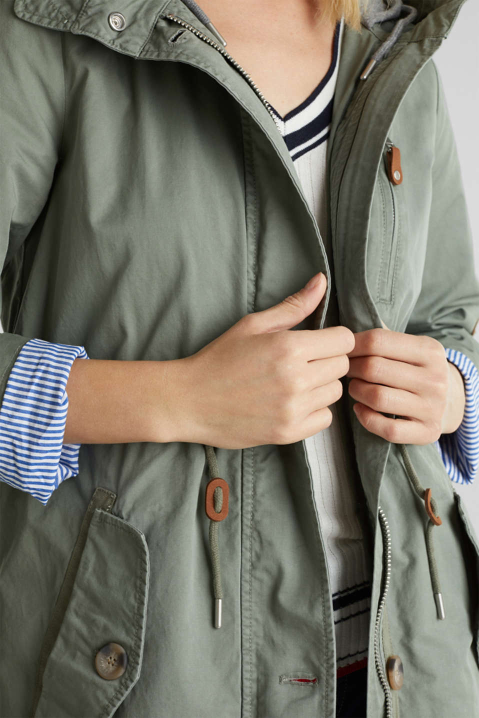 Parka in a garment washed look, KHAKI GREEN, detail image number 2