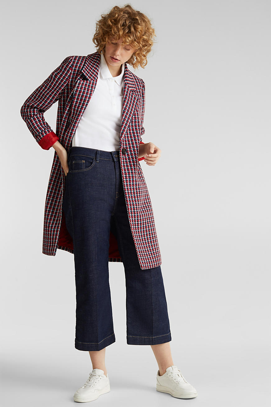 Coat with a colourful houndstooth pattern