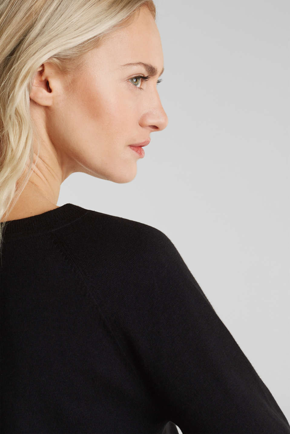 With linen: Jumper with open-work patterned details, BLACK, detail image number 4