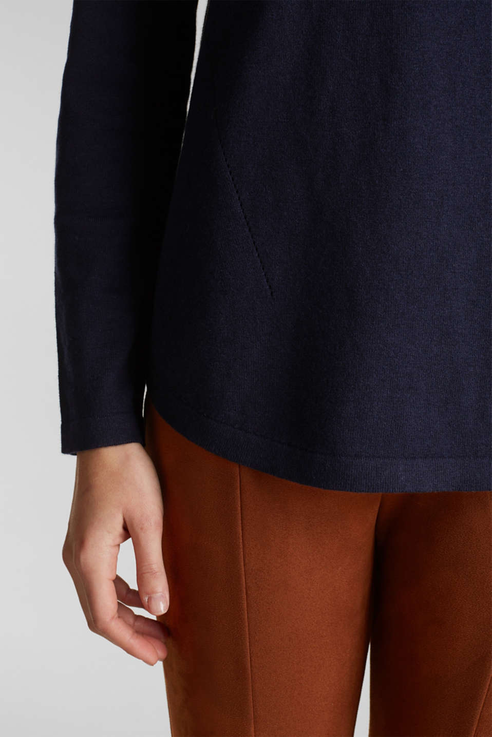 With linen: Jumper with open-work patterned details, NAVY, detail image number 4