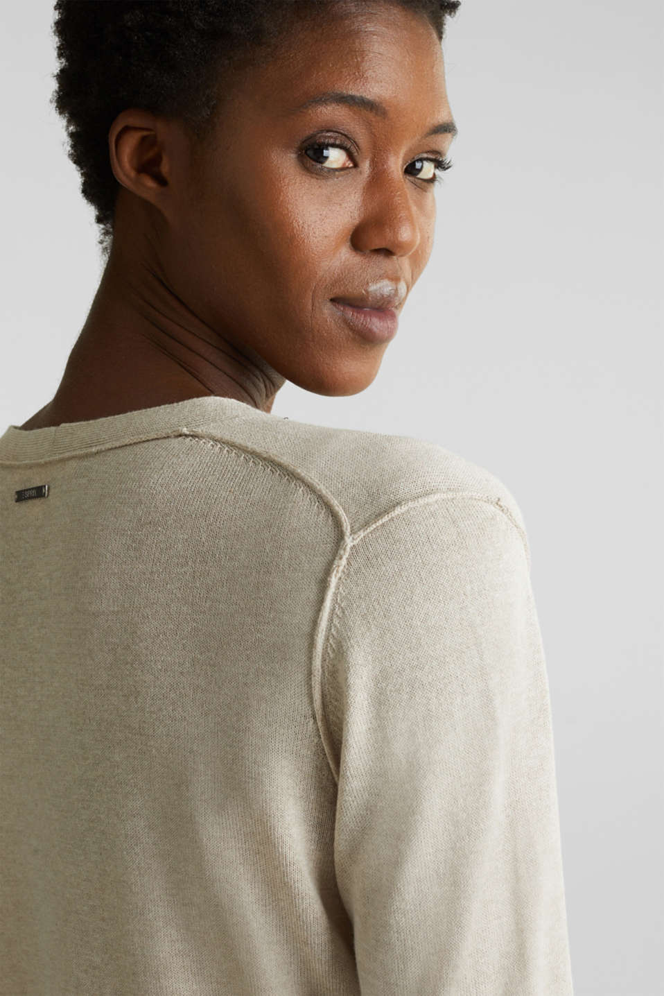 With linen: open-fronted cardigan with pockets, LIGHT BEIGE, detail image number 2