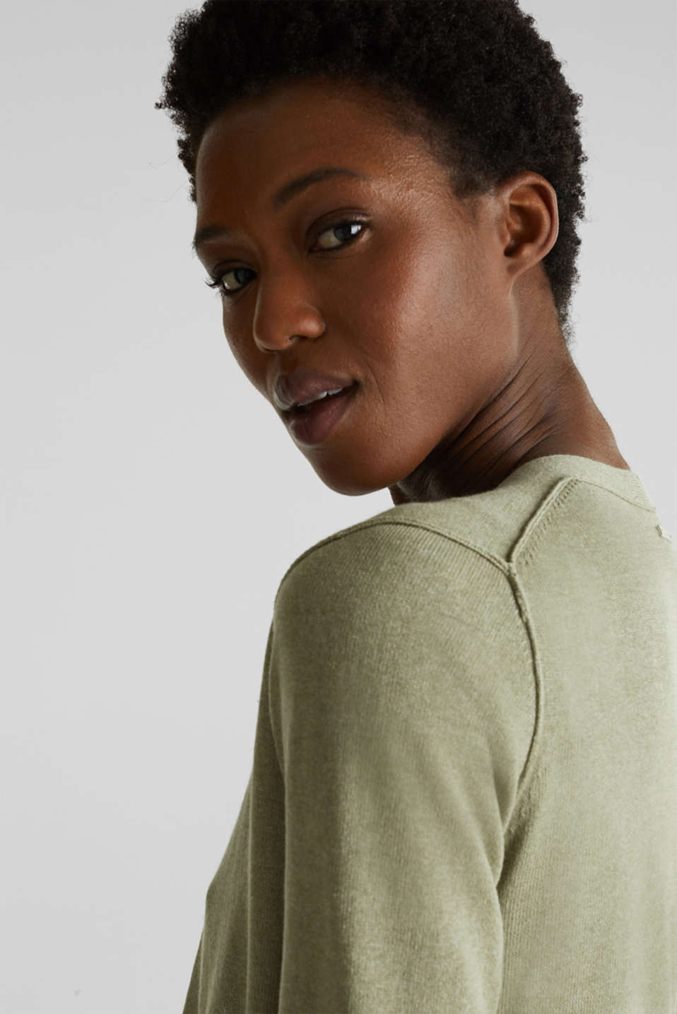 With linen: open-fronted cardigan with pockets, KHAKI GREEN 5, detail image number 2