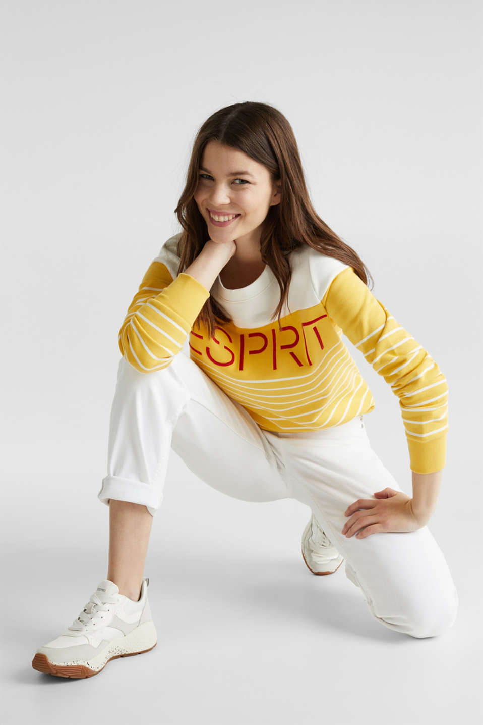 Sweatshirt with an embroidered logo, YELLOW, detail image number 1