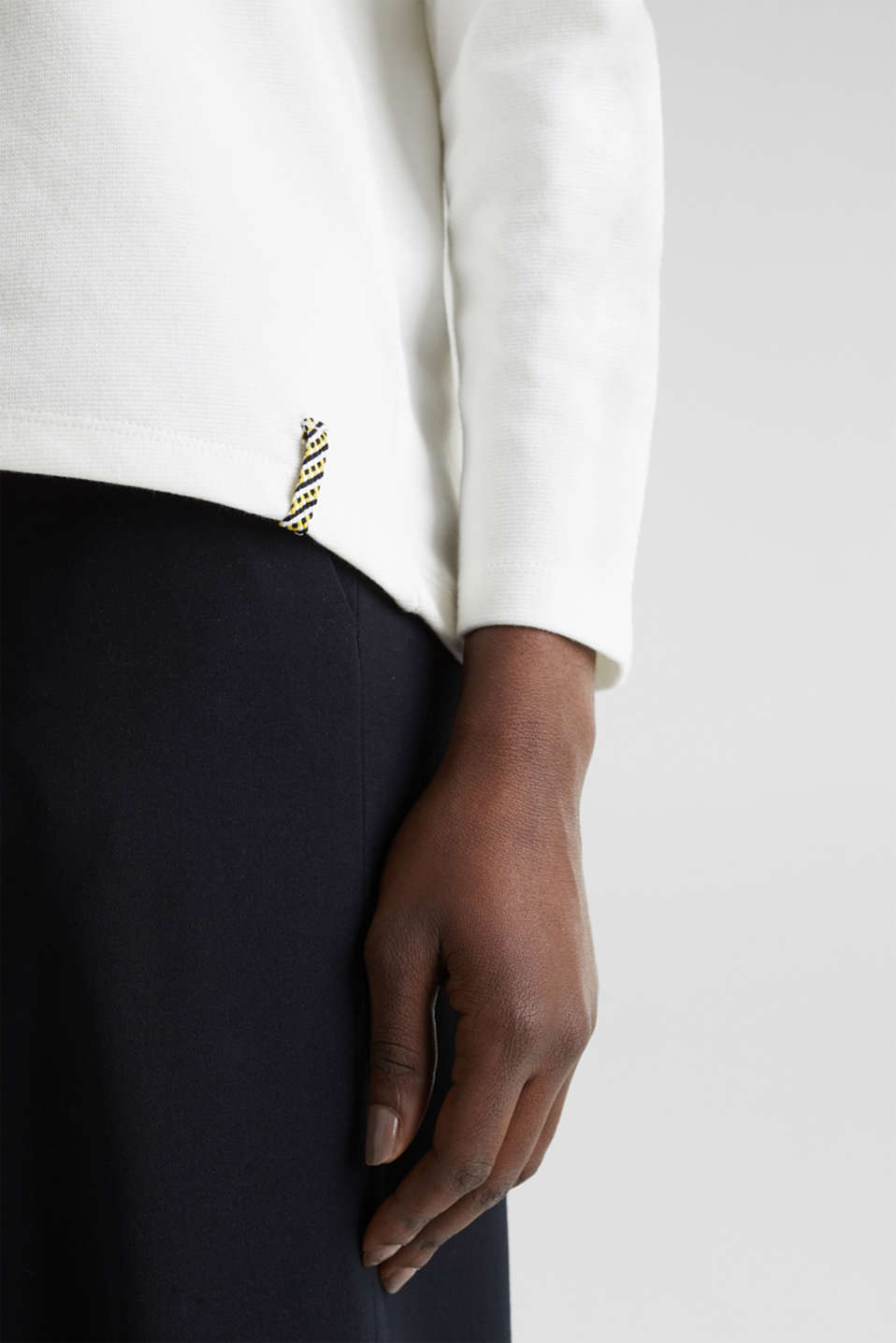 Sweatshirt with striped cuffs, OFF WHITE, detail image number 6