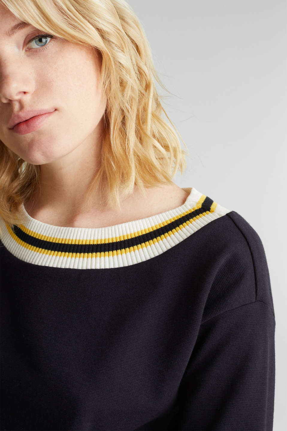 Sweatshirt with striped cuffs, NAVY, detail image number 2