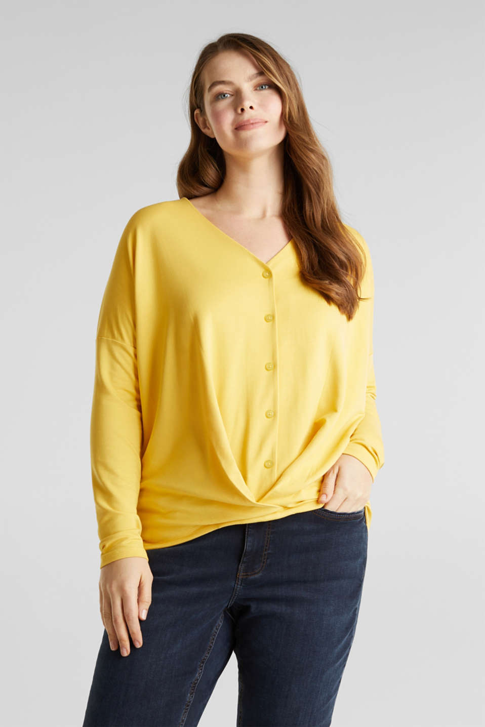 Esprit - CURVY long sleeve top with a wrap effect